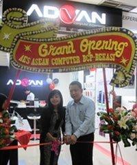 Advan-Grand-Opening